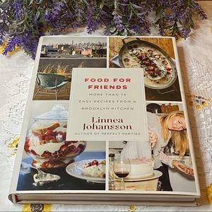 Food For Friends by Linnea Johansson